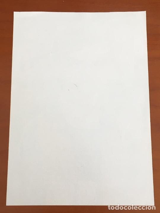 Coleccionismo deportivo: javier saviola futbol club barcelona postal original con autografo - Foto 2 - 274228793