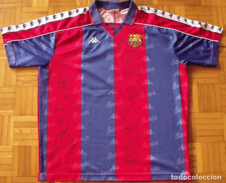 CAMISETA F. C. BARCELONA. 1992-1993. DREAM TEAM. 20 AUTÓGRAFOS, AUTOGRAPHS, FIRMAS. MATCH WORN KAPPA (Coleccionismo Deportivo - Documentos de Deportes - Autógrafos)