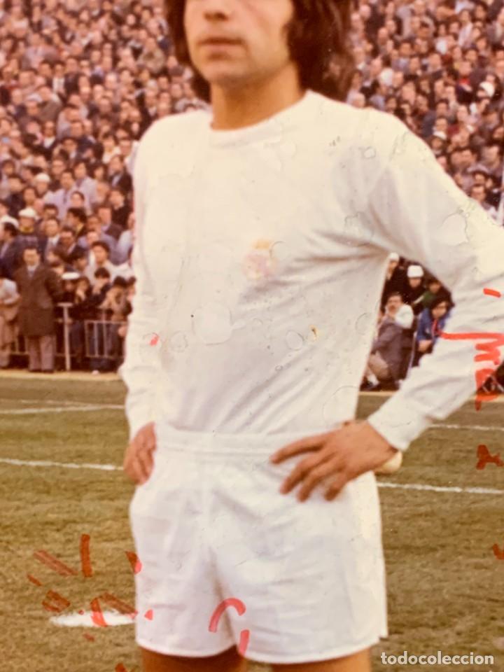 Coleccionismo deportivo: FOTO FUTBOL FIRMADA DEDICADA JUGADOR JUAN MORGADO REAL MADRID 1974 18X12,5CMS - Foto 6 - 285219778