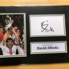 Coleccionismo deportivo: DAVID ALBELDA VALENCIA CF AUTOGRAFO CON COA. Lote 286767408