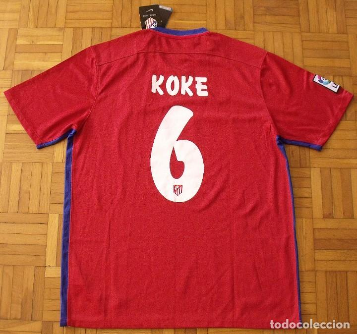 Coleccionismo deportivo: Koke. Atlético de Madrid. Autógrafo, autograph, firma original. Camiseta nueva original Nike L. 2015 - Foto 5 - 287895728