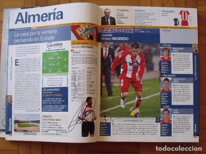 Coleccionismo deportivo: Guía Marca Liga 2008-2009. 355 autógrafos, autographs, firmas originales equipos 1ª división fútbol - Foto 2 - 288057778