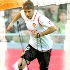 Coleccionismo deportivo: CROMO FIRMADO - AUTOGRAFO FUTBOL - JOAQUIN - VALENCIA. Lote 288143808