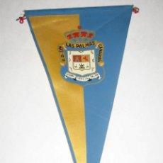 Coleccionismo deportivo: BANDERÍN DE TELA, AÑOS 60, DEL CLUB DE FÚTBOL UNIÓN DEPORTIVA LAS PALMAS. Lote 51538134