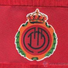 Coleccionismo deportivo: SEIS BANDERITAS DE 10 X 15 DE FUTBOL MALLORCA. Lote 129491348