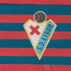 Coleccionismo deportivo: 10 BANDERITAS DE 10 X 15 S.D. EIBAR. Lote 47831580
