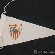 Coleccionismo deportivo: BANDERIN DE TELA - SEVILLA FUTBOL CLUB - . Lote 18188058