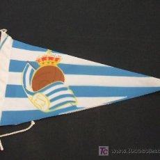 Coleccionismo deportivo: BANDERIN DE TELA - REAL SOCIEDAD - . Lote 18188172