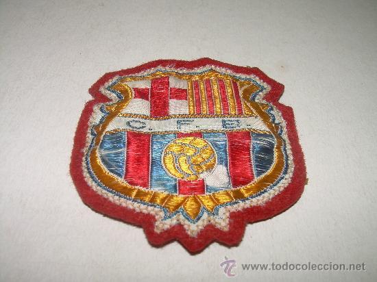 ANTIGUO ESCUDO DE SEDA ....CLUB DE FUTBOL BARCELONA (C.F.B.) (Coleccionismo Deportivo - Banderas y Banderines de Fútbol)