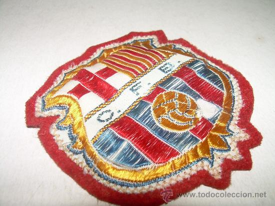 Coleccionismo deportivo: ANTIGUO ESCUDO DE SEDA ....CLUB DE FUTBOL BARCELONA (C.F.B.) - Foto 3 - 23068589