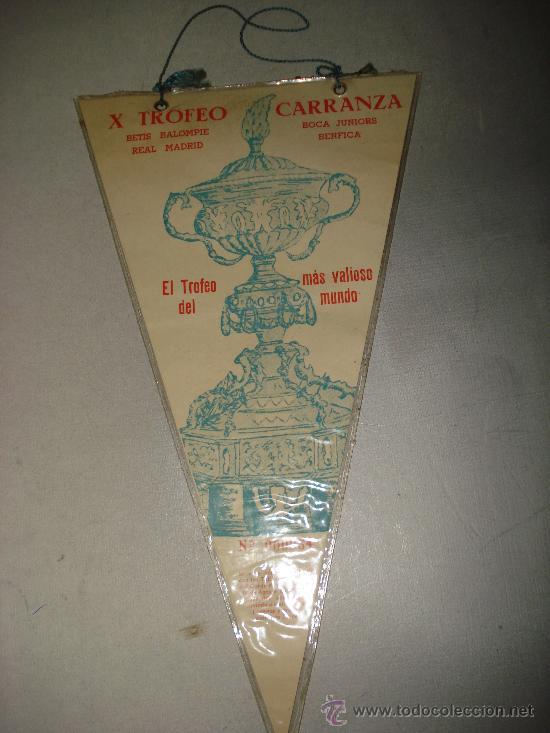 Coleccionismo deportivo: Antiguo Banderin del X Trofeo Carranza del año 1964.Betis B.. Real Madrid. Boca Juniors. Benfica. - Foto 3 - 25930459
