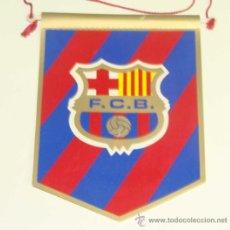 Coleccionismo deportivo: PEQUEÑO BANDERÍN DEL FÚTBOL CLUB BARCELONA. FCB. BARÇA. AÑOS 70-80. . Lote 27849230