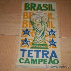 Coleccionismo deportivo: BANDERIN GRANDE BRASIL TETRACAMPEON 58-62-70-94. Lote 29089725