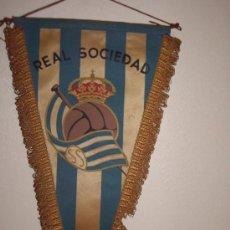 Coleccionismo deportivo: BANDERIN REAL SOCIEDAD AÑOS 60. Lote 29953082
