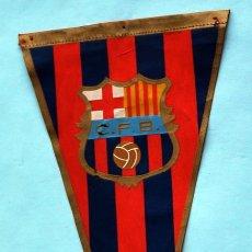 Coleccionismo deportivo: ANTIGUO BANDERÍN DEL C.F. BARCELONA. Lote 30340049