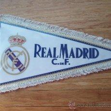 Coleccionismo deportivo: BANDERIN DEL R.MADRID. Lote 30460357