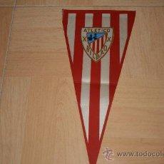Coleccionismo deportivo: BANDERIN GRANDE DEL ATHLETIC AÑOS 70. Lote 31185764