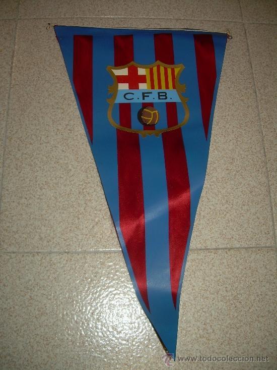 Coleccionismo deportivo: ANTIGUO BANDERIN DE TELA....C.F. BARCELONA....TAMAÑO GRANDE... 46 CM. - Foto 2 - 32099814