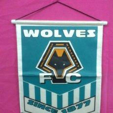 Coleccionismo deportivo: BANDERIN BANDERA DEL SUNDERLAND A.F.C. / WOLVES FC. ( INGLATERRA ). GRAN TAMAÑO. Lote 34610068