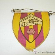 Coleccionismo deportivo: PEQUEÑO BANDERIN FUTBOL BURJASOT C.F. AÑOS 60. Lote 35041452