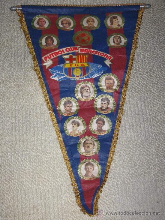 BANDERÍN GRANDE FUTBOL CLUB BARCELONA 1980, REXACH, SIMONSEN, SHUSTER, QUINI, MIGUELI, ETC (Coleccionismo Deportivo - Banderas y Banderines de Fútbol)