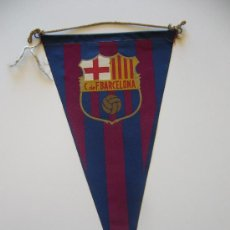 Coleccionismo deportivo: BANDERÍN ANTIGUO DEL CLUB DE FUTBOL BARCELONA. Lote 37052325