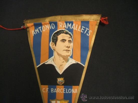 Coleccionismo deportivo: BANDERIN - CLUB DE FUTBOL BARCELONA - ANTONIO RAMALLETS - BARÇA - - Foto 2 - 37440388