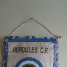Coleccionismo deportivo: ANTIGUO BANDERIN HERCULES C.F. ALICANTE FUTBOL. Lote 37794199