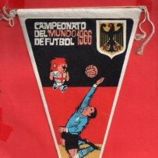 Coleccionismo deportivo: - 8068 BONITO BANDERIN ALEMANIA MUNDIAL FUTBOL DEL AÑO 1966 PUBLICIDAD GIOR VER BIEN LA FOTOS. Lote 37941020