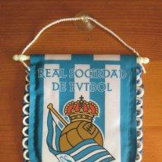 Coleccionismo deportivo: BANDERÍN DE LA REAL SOCIEDAD. PRODUCTO OFICIAL. ¡NUEVO! AÑOS 2000. Lote 116567706