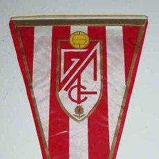 Coleccionismo deportivo: ANTIGUO BANDERIN DE FUTBOL - MIDE 27 CMS.. Lote 38247314