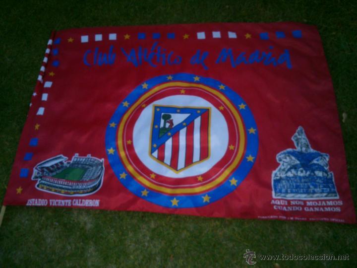 BANDERA CLUB ATLETICO DE MADRID.PRODUCTO OFICIAL.1,25X98CM. (Coleccionismo Deportivo - Banderas y Banderines de Fútbol)