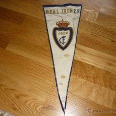 Coleccionismo deportivo: ESPECTACULAR BANDERIN REAL JAEN CLUB DE FUTBOL 1958 PRIMERA DIVISIÓN CREO. Lote 41279943
