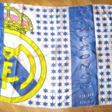 Coleccionismo deportivo: BANDERA FLAG GRANDE BIG REAL MADRID CAMPEON LIGA 96 - 97 CAPELLO. 144 X 96 CM . Lote 42771595