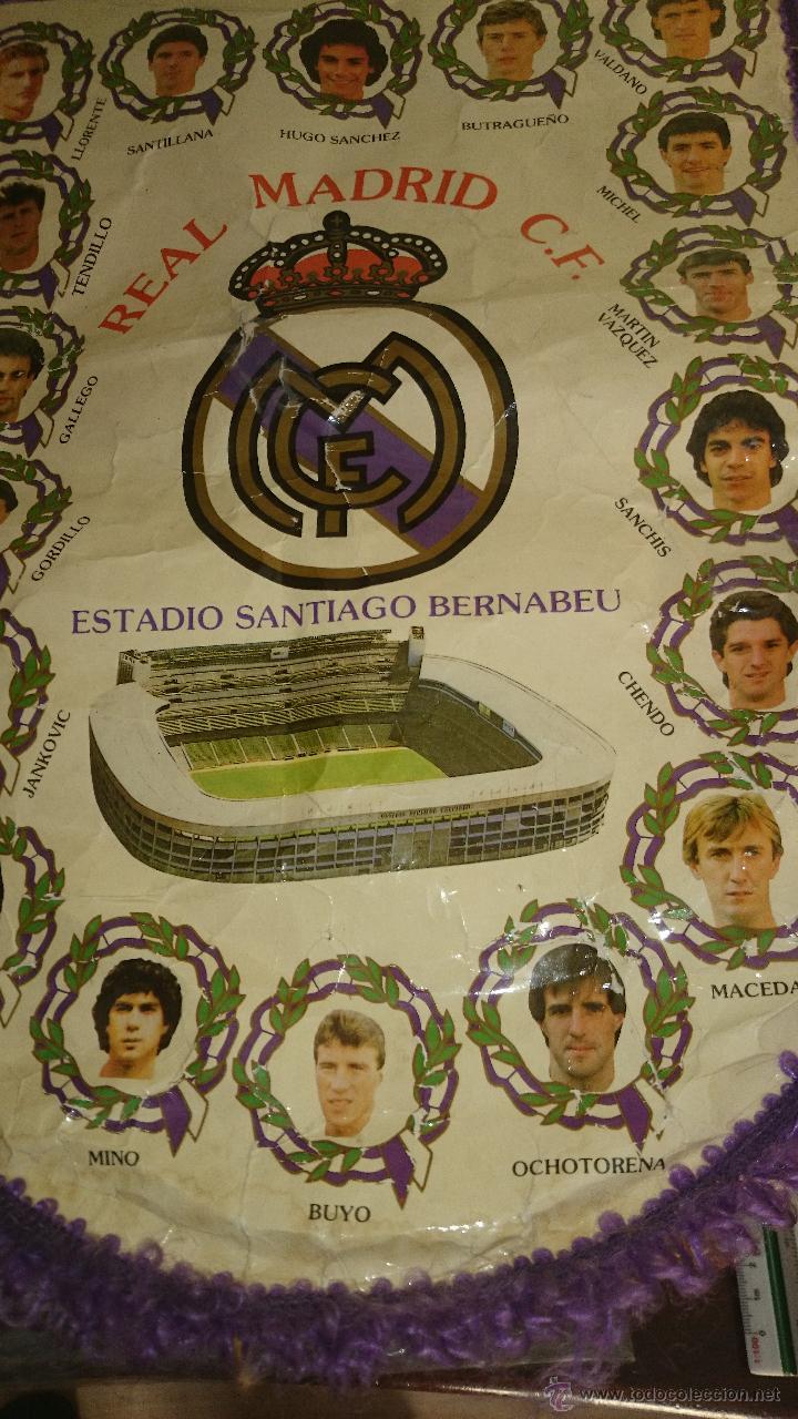 BANDERIN REAL MADRID,QUINTA DEL BUITRE AÑOS 80-90 -42X30 CM. (Coleccionismo Deportivo - Banderas y Banderines de Fútbol)