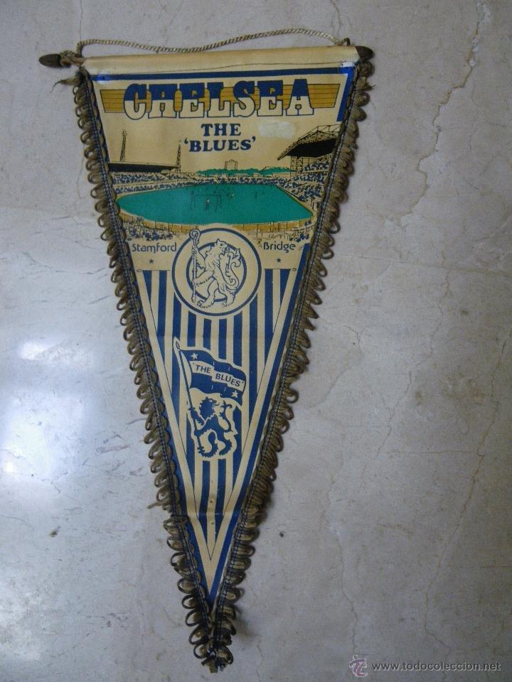BANDERÍN DEL CHELSEA. THE BLUES, (40 CM) DE TELA-PLÁSTICA (NECESITA LIMPIAR) (Coleccionismo Deportivo - Banderas y Banderines de Fútbol)