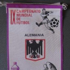 Coleccionismo deportivo: BANDERIN MUNDIAL MEXICO 70 - ALEMANIA - PUBLICIDAD BIO BLANCOL. Lote 44054552