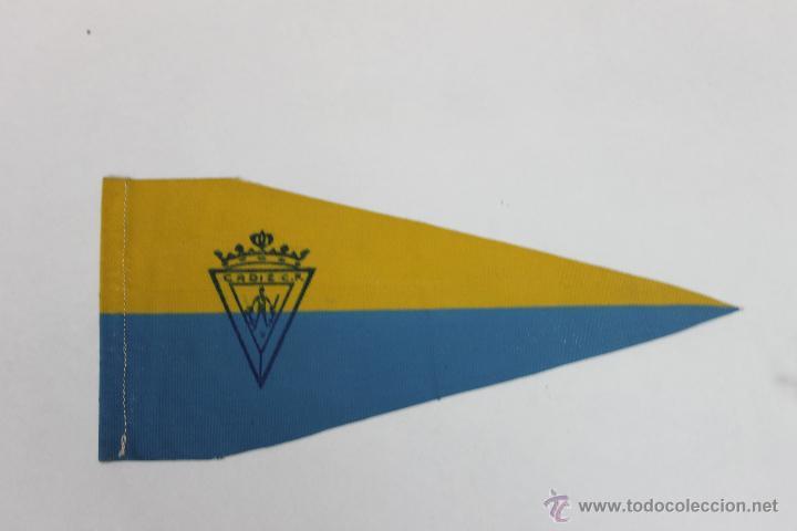 BANDERIN CADIZ FUTBOL CLUB ANTIGUO (Coleccionismo Deportivo - Banderas y Banderines de Fútbol)