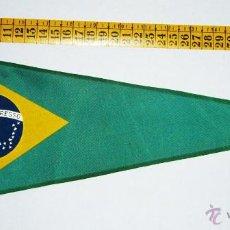 Coleccionismo deportivo: BN0241.- BANDERÍN BRASIL TELA.. Lote 45674189