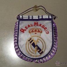 Coleccionismo deportivo: BANDERIN DE FUTBOL REAL MADRID . Lote 47649115