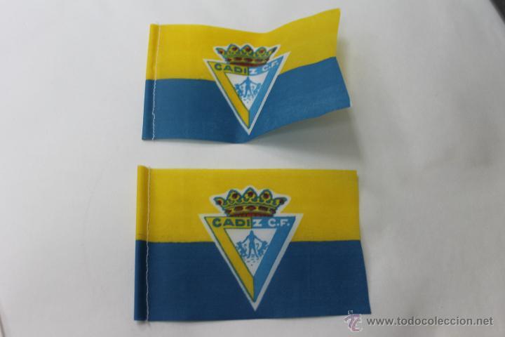 2 BANDERINES ANTIGUOS FUTBOL CADIZ CLUB DE FUTBOL (Coleccionismo Deportivo - Banderas y Banderines de Fútbol)