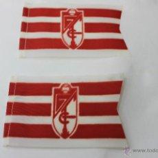 Coleccionismo deportivo: 2 BANDERINES ANTIGUOS FUTBOL GRANADA FUTBOL CLUB. Lote 47705468
