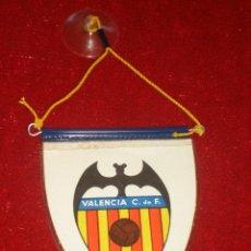 Coleccionismo deportivo: BANDERÍN DEL VALENCIA C.F. AÑOS 70. Lote 48299405
