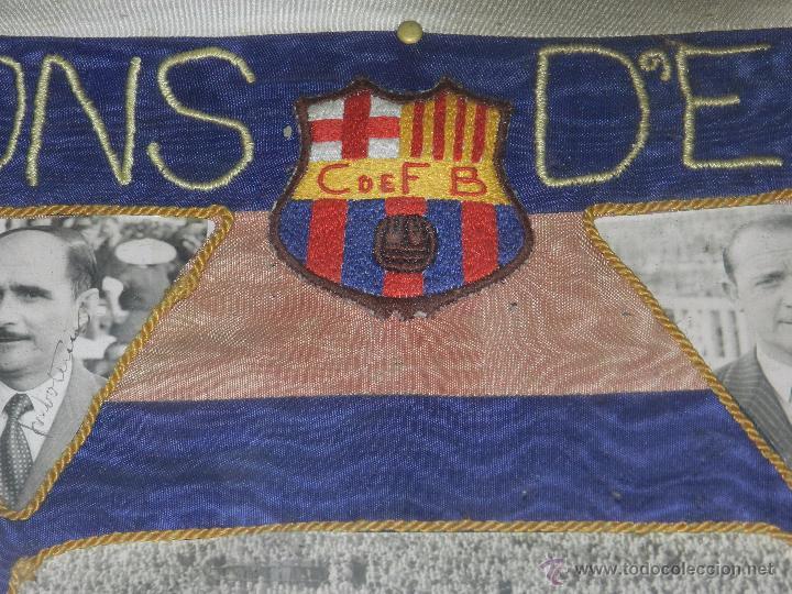 Coleccionismo deportivo: CF BARCELONA - BANDERA ENMARCADA CF BARCELONA CAMPEON DE ESPAÑA 1948 - 1949, FOTOGRAFIAS DEDICADAS - Foto 7 - 48630746