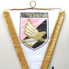 Coleccionismo deportivo: BANDERIN PENNANT US CITA DI PALERMO SICILIA ITALIA ORIGINAL 36 X 30 CM BUEN ESTADO GALLARDETE. Lote 49879776