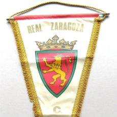 Coleccionismo deportivo: BANDERIN FUTBOL PENNANT REAL ZARAGOZA CD DE ARAGON 46 X 28 CM ANTIGUO. Lote 49910282