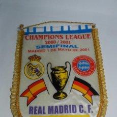 Coleccionismo deportivo: BANDERIN DE LA CHAMPIONS LEAGUE, SEMIFINAL REAL MADRID, BAYERN MUNCHEN - MADRID 1 DE MAYO 2001 - MID. Lote 52832736