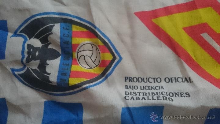 Coleccionismo deportivo: Antigua bandera del Valencia club de futbol - Foto 2 - 52941497