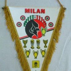 Coleccionismo deportivo: BANDERIN FUTBOL DEL MILAN SUPERCOPA 1989. Lote 53334997