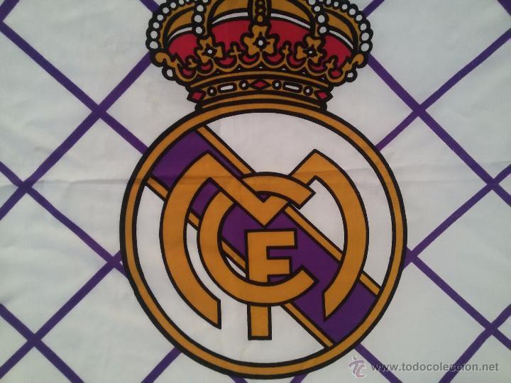 Coleccionismo deportivo: ESPECTACULAR BANDERA DEL REAL MADRID-136X95 CM - Foto 2 - 150836224